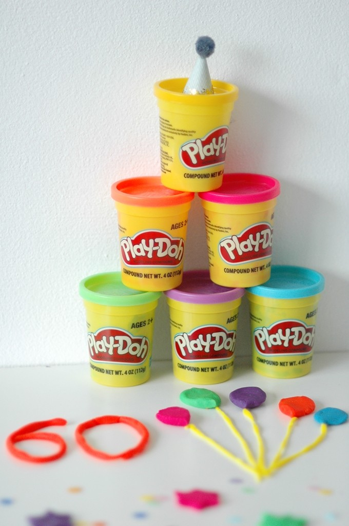 play-doh-party-line-up-rs