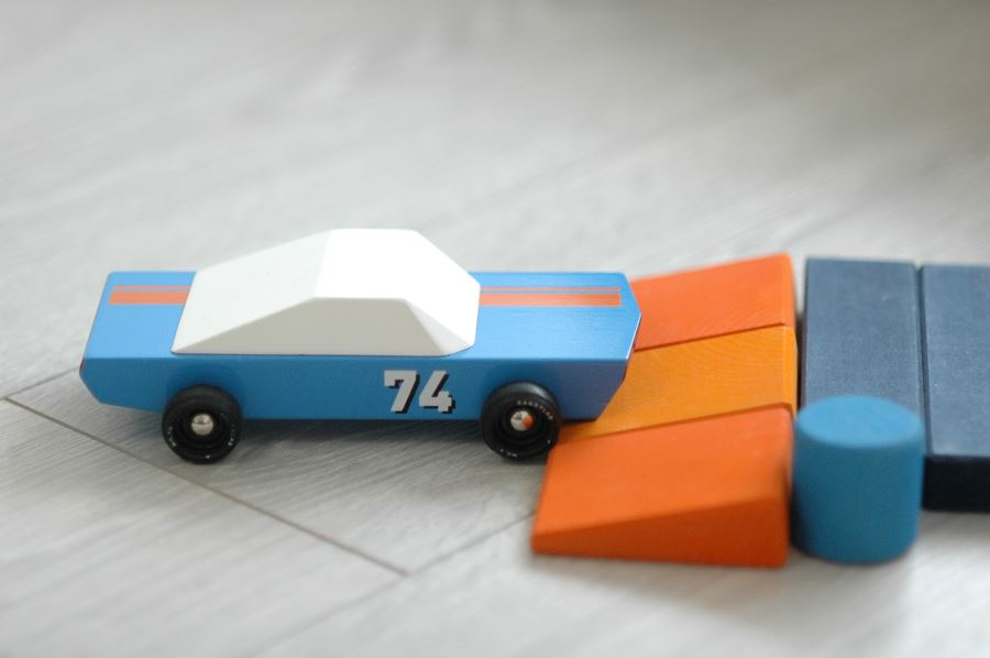 candylab-toy-cars